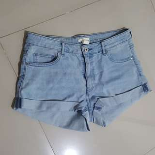 HnM short pants stretch jeans