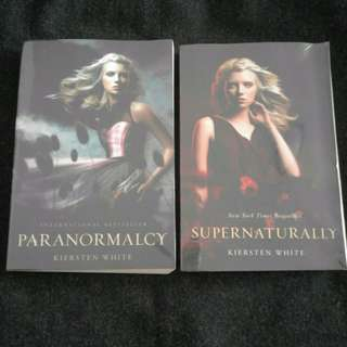 New York Times Bestseller : Paranormalcy  & Supernaturally