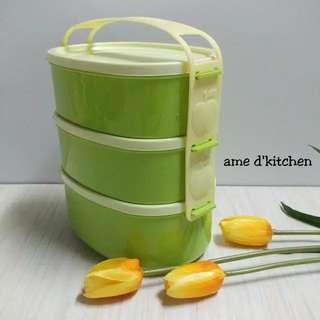 Lunch box green susun 3