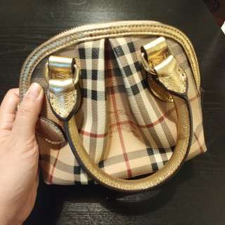 Authentic unused burberry purse
