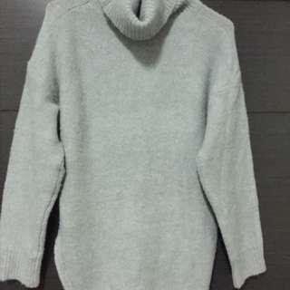灰色高領單邊開衩毛衣