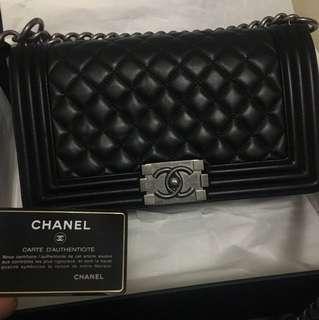 Boy Chanel 黑銀復古 25cm