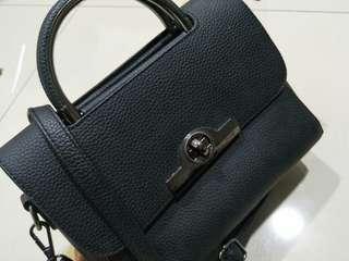 Sling hand bag
