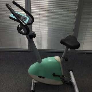 OSIM 智能健身單車