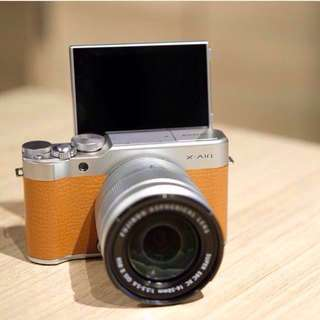 Fujifilm XA10 w/ Leather Case