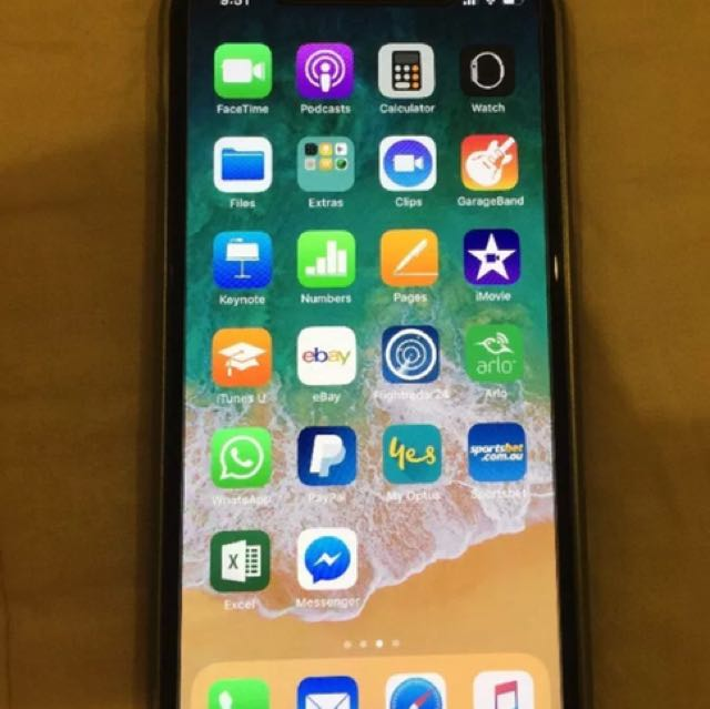 Apple iphone X, 64gb space grey with warranty!