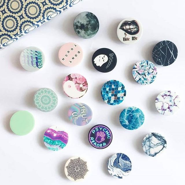 Assorted Pop Sockets