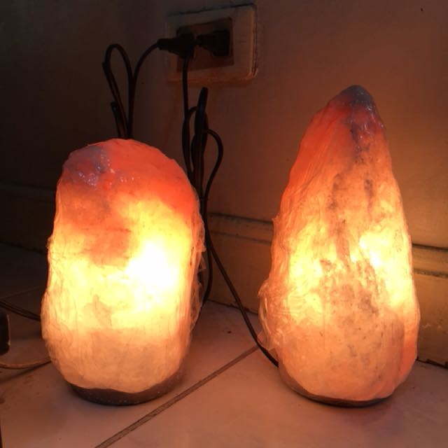 Authentic Himalayan Salt Lamp New Authentic Himalayan Salt Lamp Preloved Health Beauty Perfumes