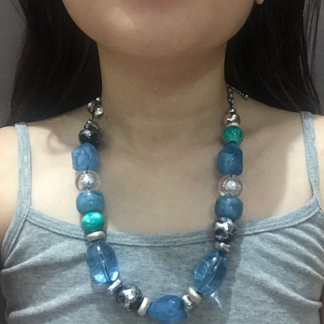 Big Blue Chunky Necklace (Good as New)