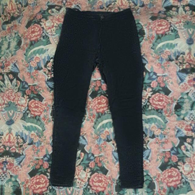 Black High Waist (HW) Jeans Punny