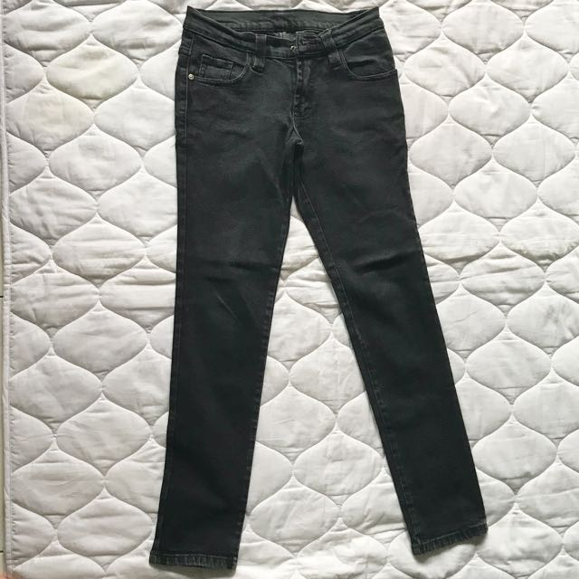 Black jeans with minor