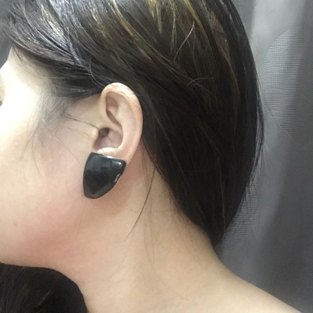 Black Triangle Earrings (Good as New, used only for picture purposes)