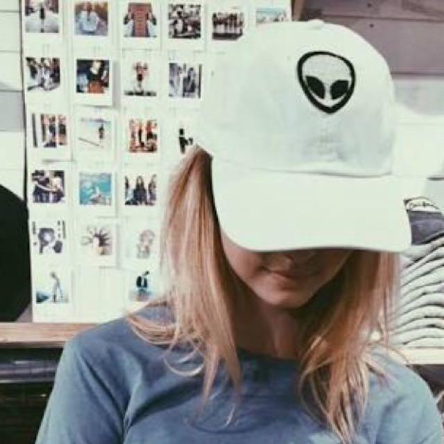 Bnwot Authentic Brandy Melville white Alien baseball Cap Hat