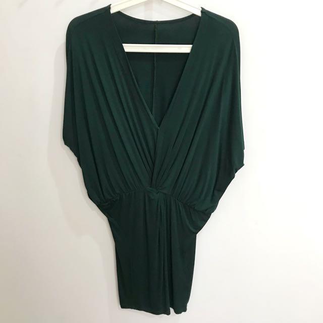 Body con batwing sleeve dress