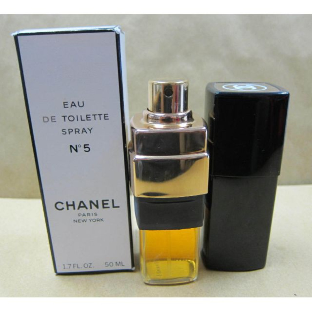 Chanel No 5 Eau de Toilette Chanel for women 9a39c30b79