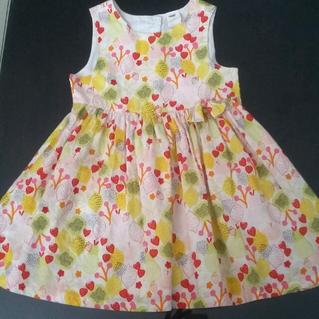 Dress HnM size 2-4th