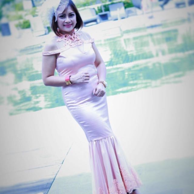 Dress party putri duyung