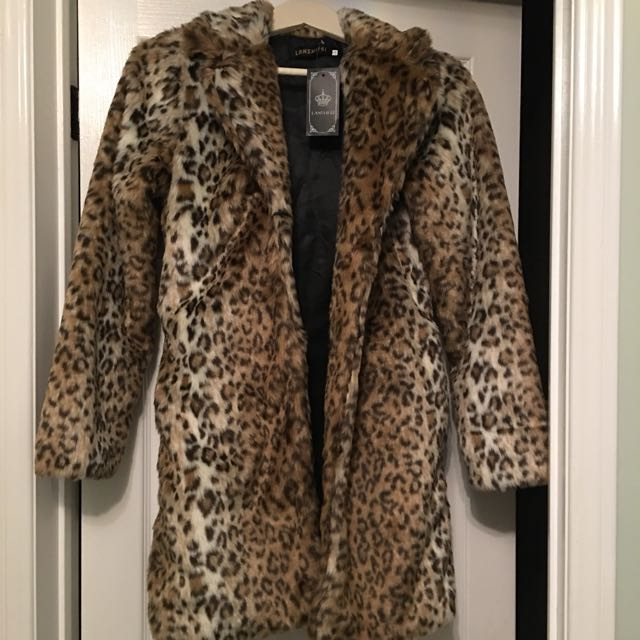 Faux fur leopard coat xs