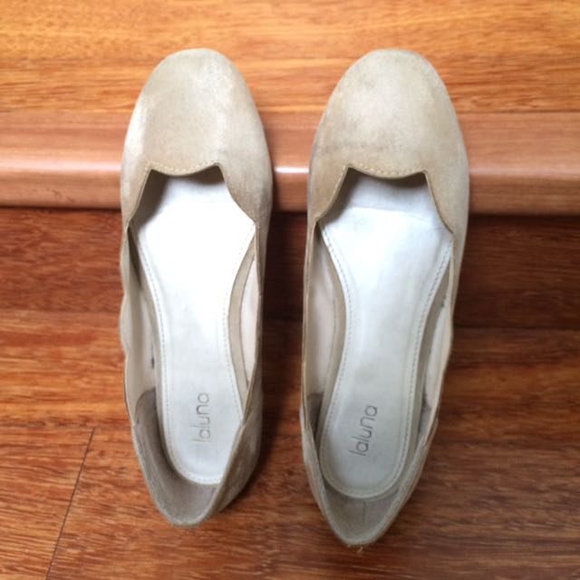 Flat Shoes Suede Cream Size 36
