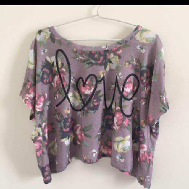 Forever 21 Kaos Crop Top Wanita Bunga Bunga Size L