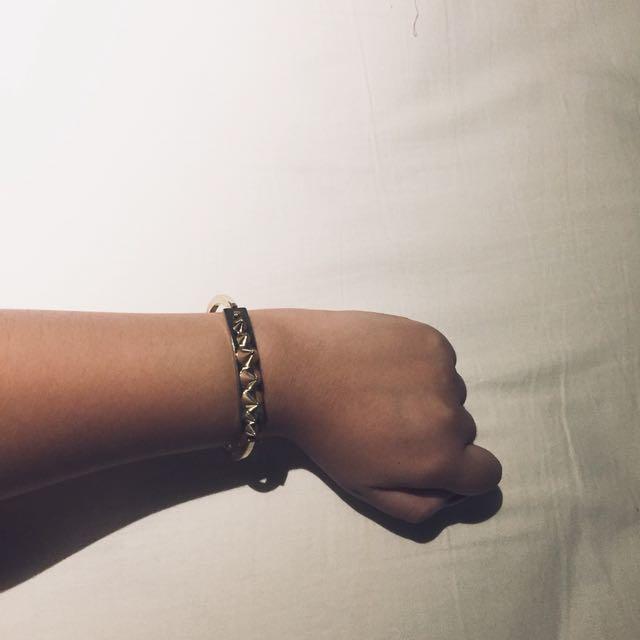 Gold Studs Bracelet