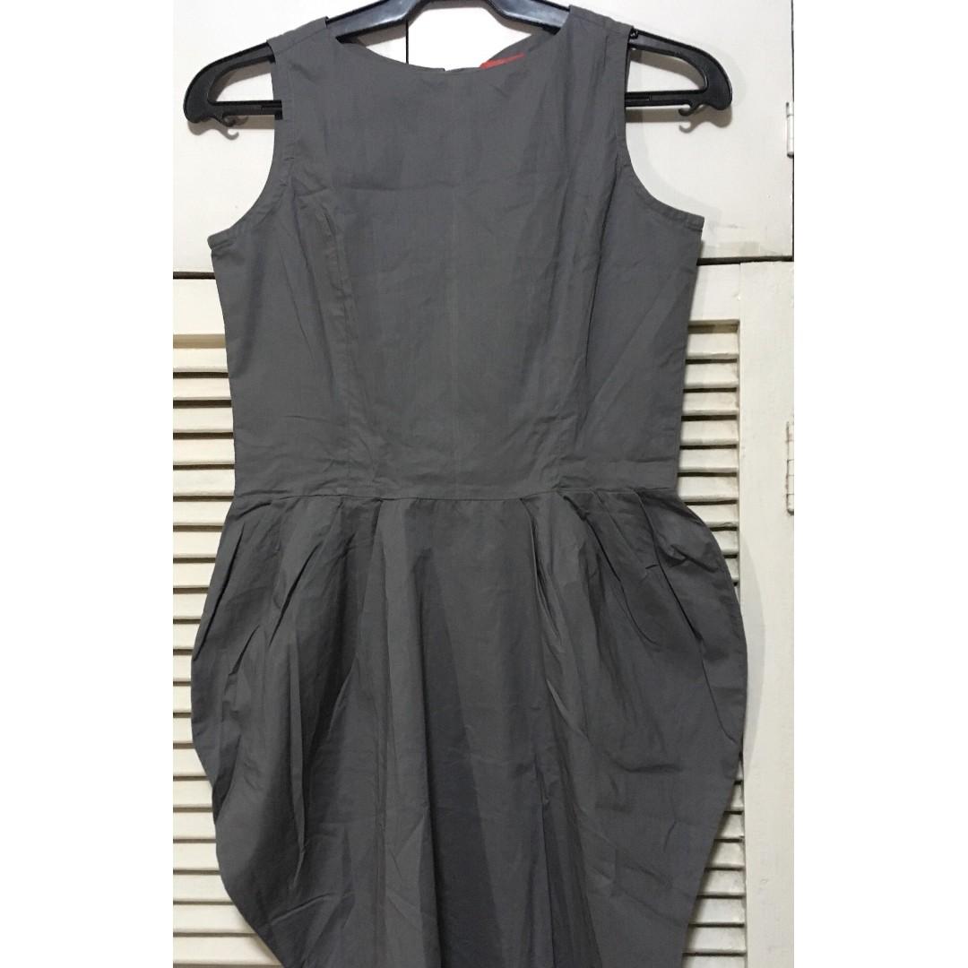 gray, sleeveless dress
