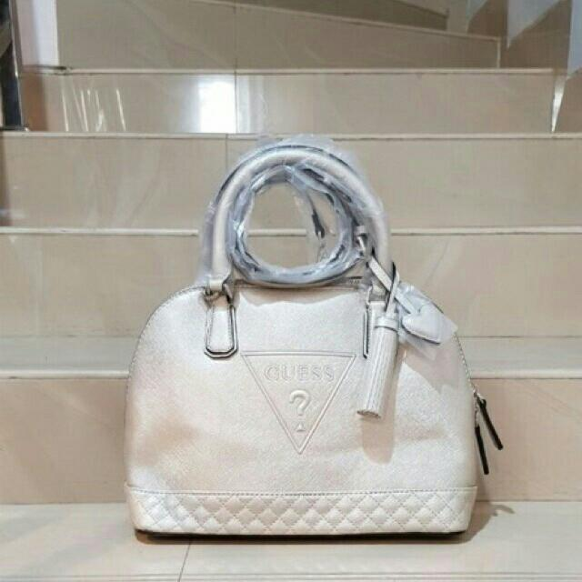 GUESS BAG ROUND