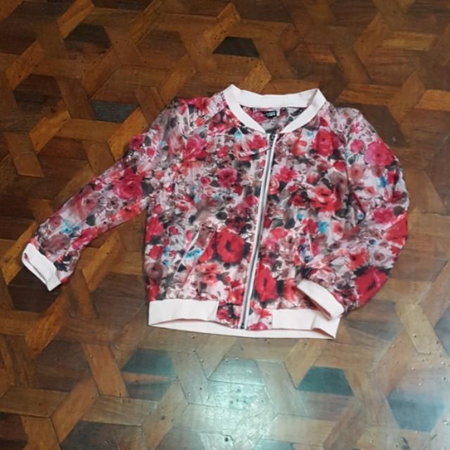 H&M floral bomber jacket (EUR36)