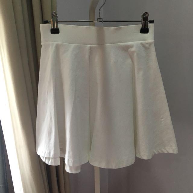 H&M White Skater Skirt