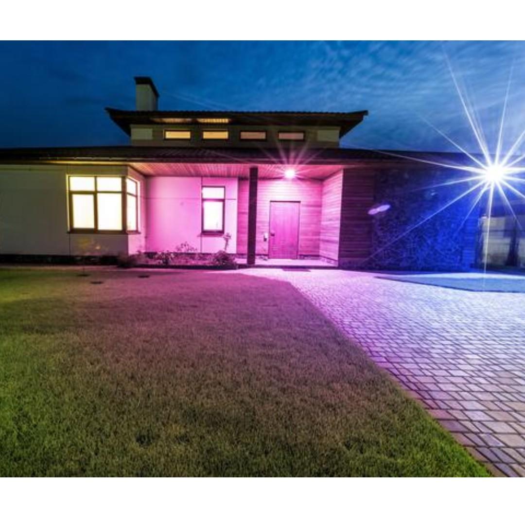 ILUMI LED Smart Light Bulbs