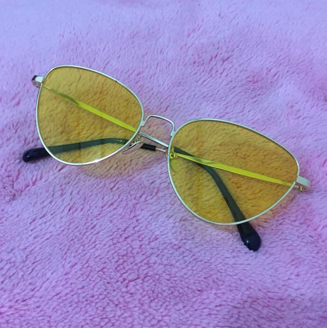 Kate yellow sunglasses