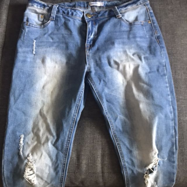 Ladies jeans ripped knee