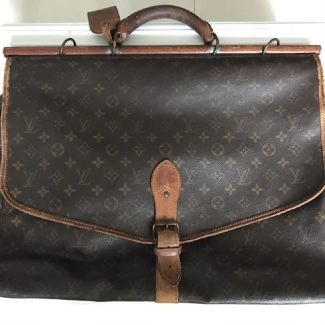 7538567d380 Louis Vuitton Sac Chasse Hunting Travel Monogram Bag