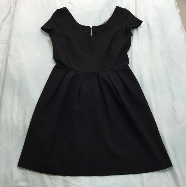 📮Mango Black Skater Dress