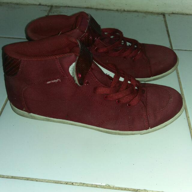 Maroon Sneaker
