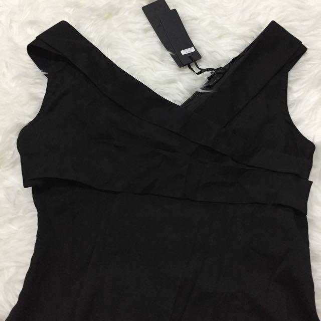 (NEW) Black dress V-neck