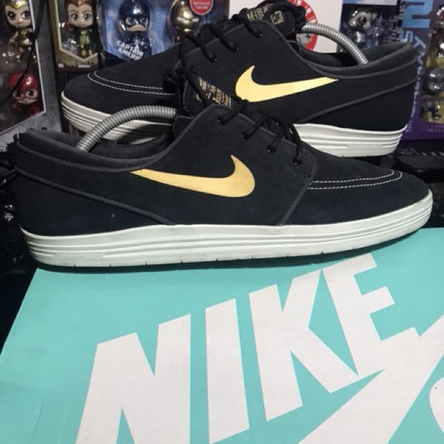 cheap for discount ad9c0 0f8d9 Nike SB Stefan Janoski Lunar Takashi (Black Gold) on Carousell