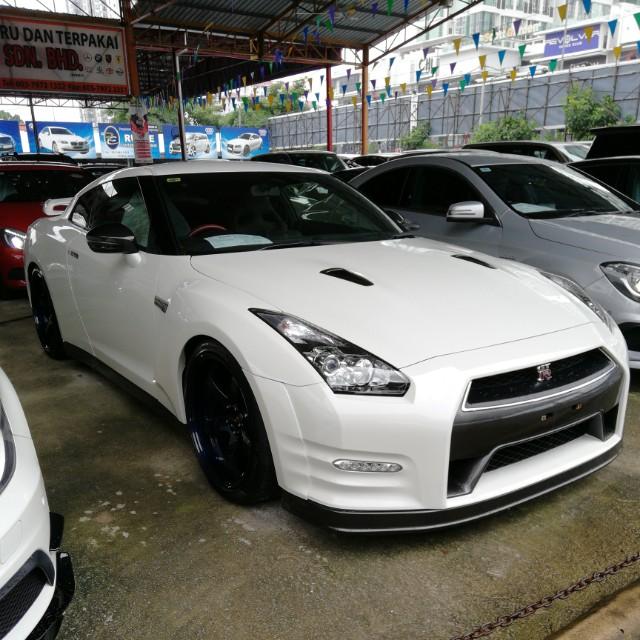 Nissan GTR R35 2013 Black Edition, Cars, Cars for Sale on Carousell