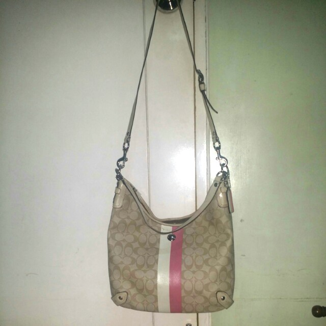 Original Coach shoulder bag with sling