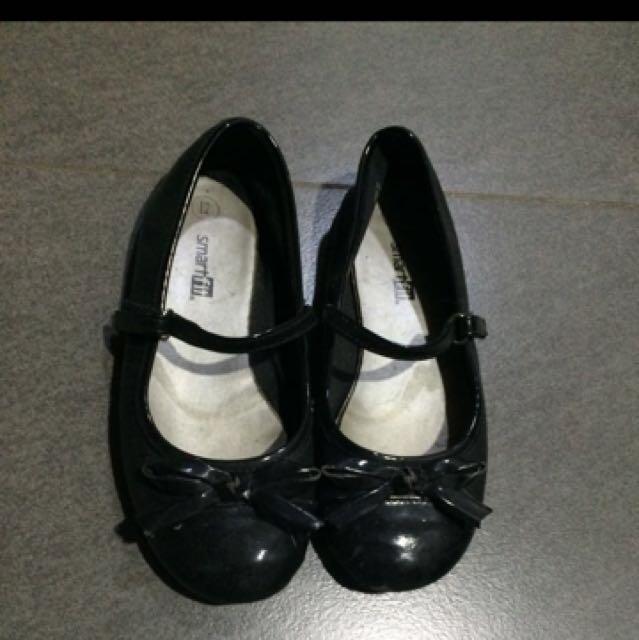 Smartfit shoes for girls size 12