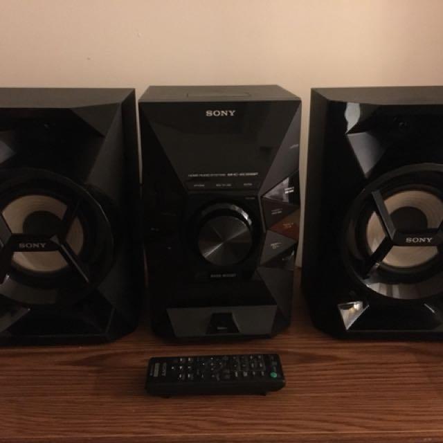 Sony MHC-EC619iP Music System