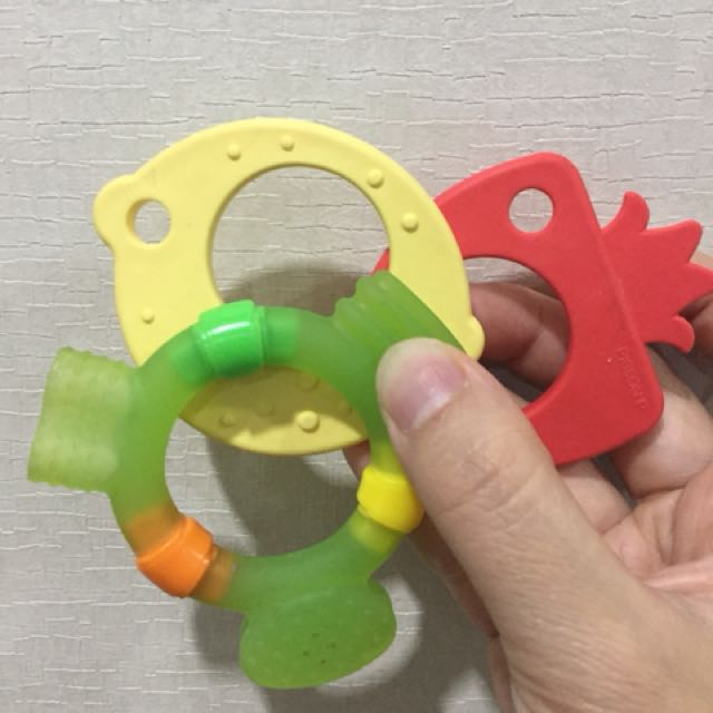 teether pigeon 3 pcs