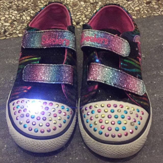 TIME DEAL PRELOVED   Authentic Sketchers Twinkle Toes Light Up Shoes ... d850e4091da5