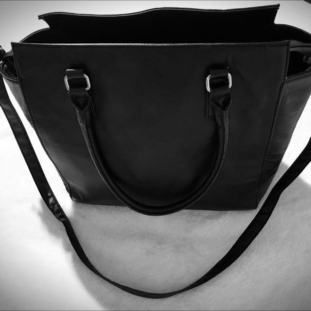 Woman's Black H&M 2 Way Bag