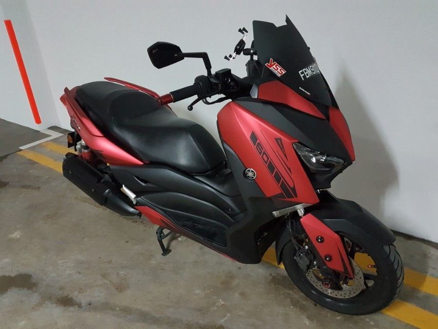 Yamaha Xmax 300 - Upfront plus COI