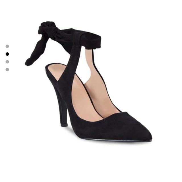 Zalora 黑色綁帶高跟鞋