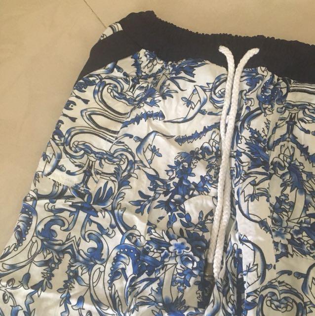 Zalora blue floral pants