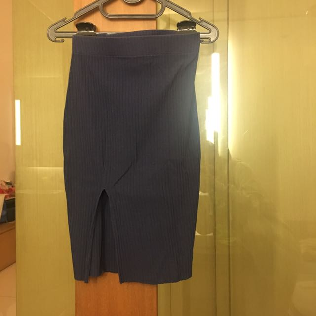 Zara Pencil Slit Skirt Size M