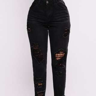 Brand new - boyfriend jeans from FASHION NOVA!