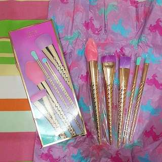 [NEW] Limited Edition Tarte Magic Wand Brush Sets (Authentic)